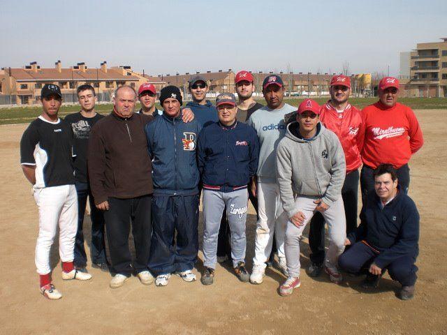 http://www.beisbolmiralbueno.es/wp-content/uploads/2009/02/CIMG0047.jpg