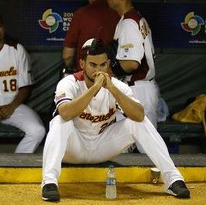 http://www.beisbolmiralbueno.es/wp-content/uploads/2015/05/Venezuela-Clasico-Mundial-Beisbol-EFE_ELPIMA20130310_0746_8.jpg
