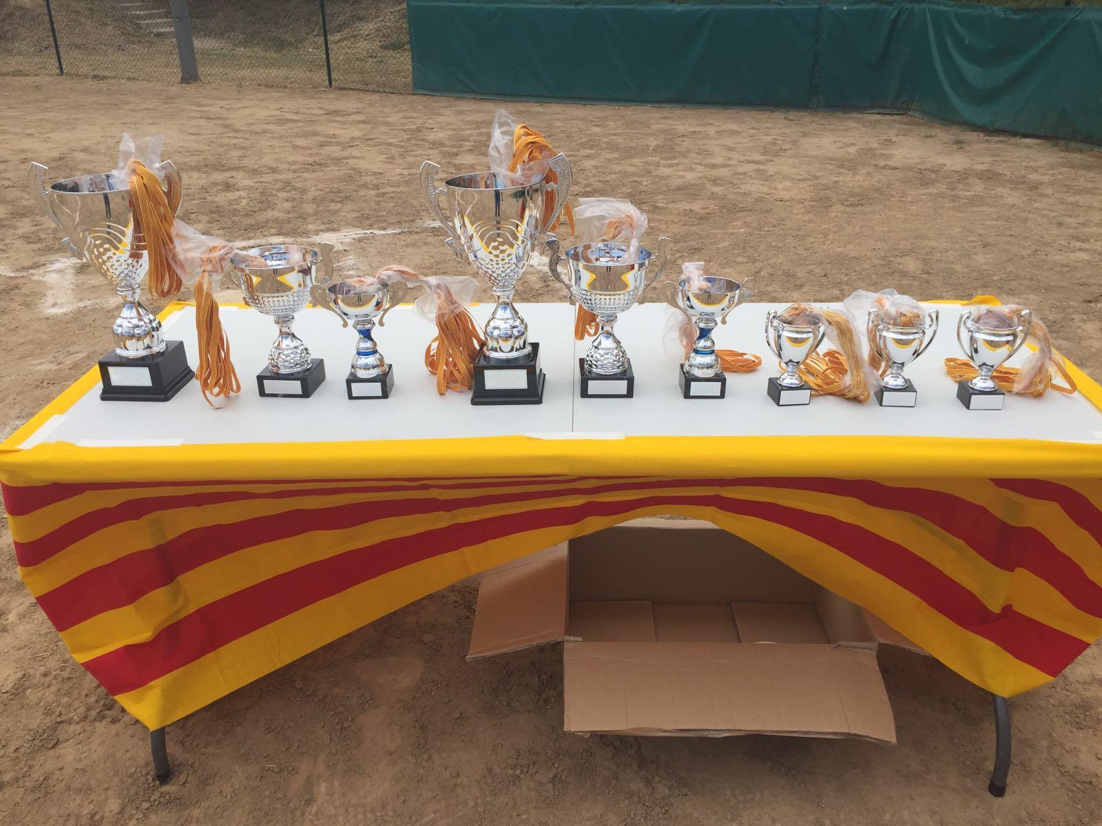 http://www.beisbolmiralbueno.es/wp-content/uploads/2016/06/50c73335-f033-4f12-a677-c8b60a505804.jpg